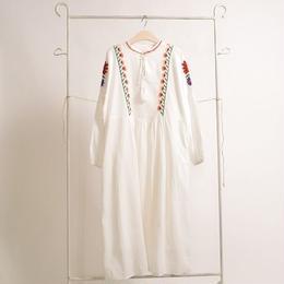 [1356op]カラフルお花畑刺繍ワンピース
