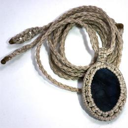 スペクトロライト マクラメ編み ペンダント Y002