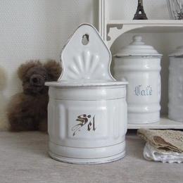 白地の琺瑯セル缶