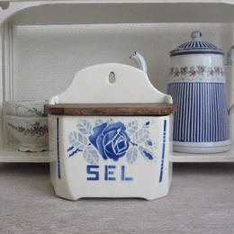 バドンヴィレ窯ブルーローズのセル缶