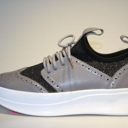 knitted wing tip GREY