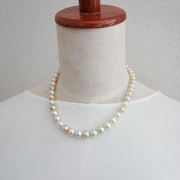 白蝶真珠 マルチカラーネックレス