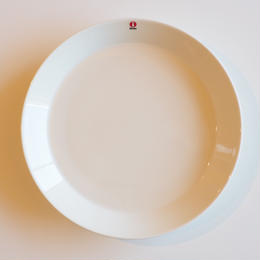 Teema プレート 26cm ホワイト【iittala】