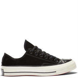 CT70 PATENT BLACK 162438C