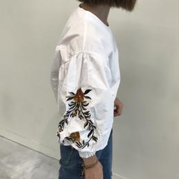ボリュームバルーン袖刺繍ブラウス(3color)【クリックポスト対象商品】