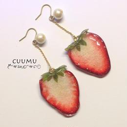 苺まるごとピアス #01