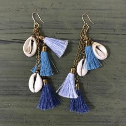 Beads tassel pierced earrings