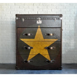 ANDREW MARTIN STAR LEATHER CHEST