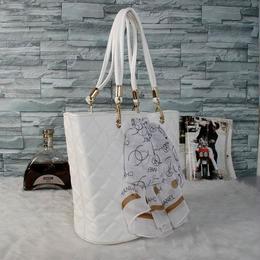 シャネル トートバッグ ハンドバッグ 激安 人気新品 4色 セレブ愛用 ウィメンズファッション