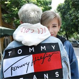 Tommy Hilfiger トミーヒルフィガー  デニムジャケット かっこよく 男女兼用 人気
