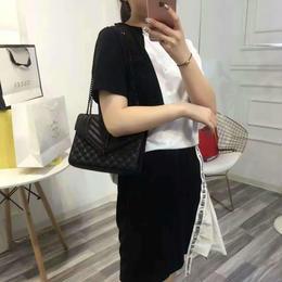 イブサンローラン ハンドバッグ セレブ愛用 人気 多色 激安 上質 ウィメンズファッション