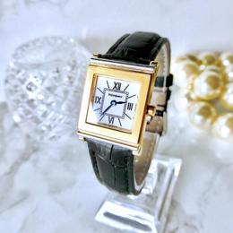 YSL イヴ・サンローラン スクエア ゴールド クォーツ レディース 腕時計