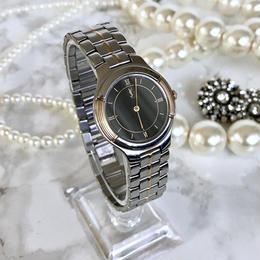 YSL イヴサンローラン OH済み 全純正 ブラック文字盤 クォーツ レディース 腕時計