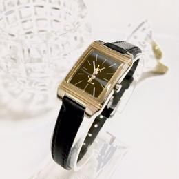 YSL  サンローラン スクエアフェイス 腕時計