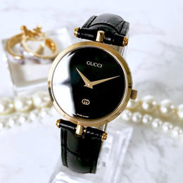 GUCCI グッチ シェリーライン ベルト2色付 ブラック文字盤  腕時計