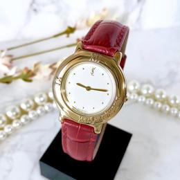 YSL イヴサンローラン ゴールド ホワイト文字盤 クォーツ レディース 腕時計