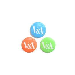 V&A LOGO BUTTON BADGES SET  缶バッジ  ヴィクトリア&アルバート ミュージアム