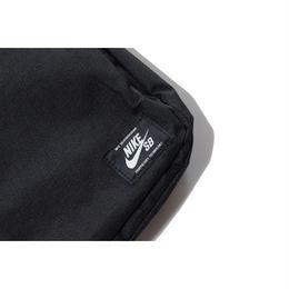 NIKE SB SMALL SHOULDER BAG BLACK ナイキ ミニ ショルダーバッグ ポーチ ブラック