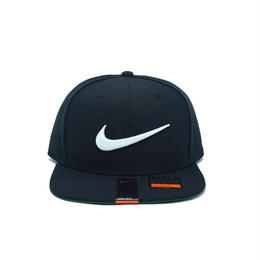 NIKE SWOOSH SNAPBACK CAP BLACK ナイキ スナップバック キャップ