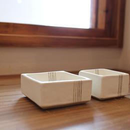 十草角小鉢(S)白 B-082
