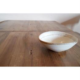 ロー3 たて鉄線 たわみ小鉢 ウリタシ03