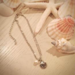 貝殻モチーフ&パールの2連アンクレット