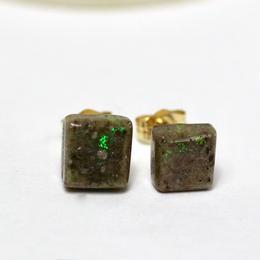 緑、青の遊色がとても綺麗な☆天然マトリックスオパール14kgfピアス3.73ct原石から磨いた1点もの