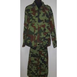 中国人民解放軍89式四色林地迷彩服上下セット