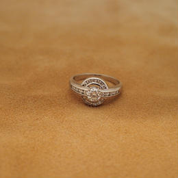 Round Platinum Diamond Ring