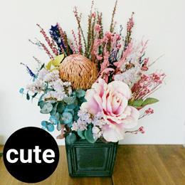 長持ちプリザーブドフラワーと造花!贈り物に、ピンクのフラワーアレンジメント