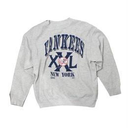 Newyork Yankees   vintage long sleeve sweat ② - size L