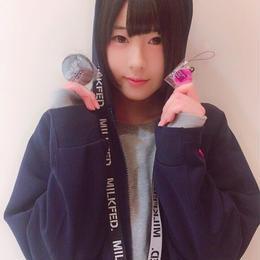 【遠矢るいサイン入り】メジャーデビュー記念缶バッチ&携帯ストラップ