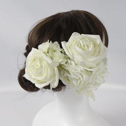 純白のラナンキュラスとローズのヘッドドレス