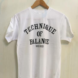 TECHNIQUE OF BALANCE T-shirt white