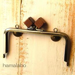 【HA-326】12cm/角型(茶色の木キューブ×アンティークゴールド)・カン付き