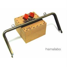 <廃盤予定>【HA-1220】18cm/角型(オレンジ色の木キューブ×アンティークゴールド)・カン付き
