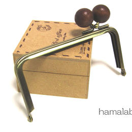 【HA-1207】<横ひねり>12cm/角型の口金(ちょっと大きな茶色の木玉×アンティーク)