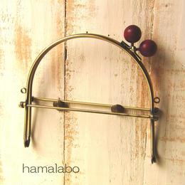 【HA-386】16cmベンリー口金/(ちょっと大きなエンジ色の木玉×アンティークゴールド)・カン付き