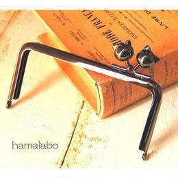 【HA-1506】<横ひねり>12cm/角型の口金(ネコ玉×ブラック)