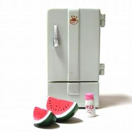 13.電気冷蔵庫 NR-351(1953年)