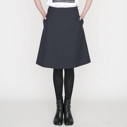 予約終了▷先行予約 thomas magpie trapezoid skirt black