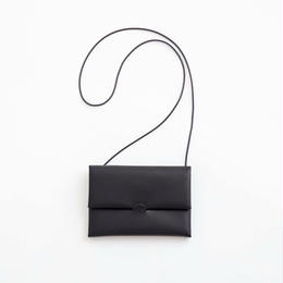 seamless shoulder case  /  black