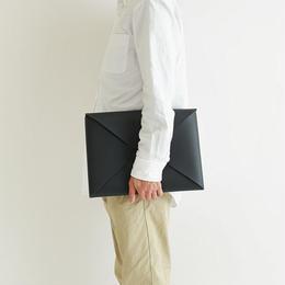 seamless clutch bag-M / black
