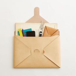 seamless clutch bag-M / nude