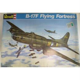 【中古】B-17F Flying Fortress 1/48スケール フライングフォートレス 4701 Revell 188-161SK