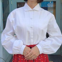 刺繍ホワイト長袖シャツ