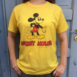 ミッキーのプリントTシャツ