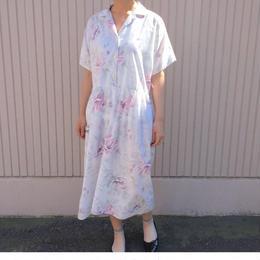 1980年代ホワイト×ピンクお花柄ワンピース