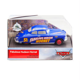 ディズニー・ピクサー カーズ  クロスロード CARS3 1/43  Fabulous Hudson Hornet【パッケージ破損】