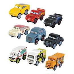 ディズニー・ピクサー カーズ  クロスロード CARS3    KIDKRAFT 木製ミニカー3台セット